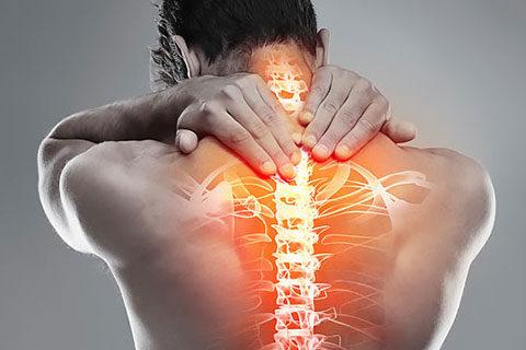Паравертебрална блокада в кабинета по неврохирургия в Медицински център Гея Мед като метод за облекчаване на болки в гърба