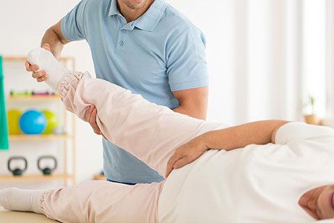 Пълен набор от процедури по кинезитерапия в кабинета по медицинска рехабилитация в МЦ Гея Мед