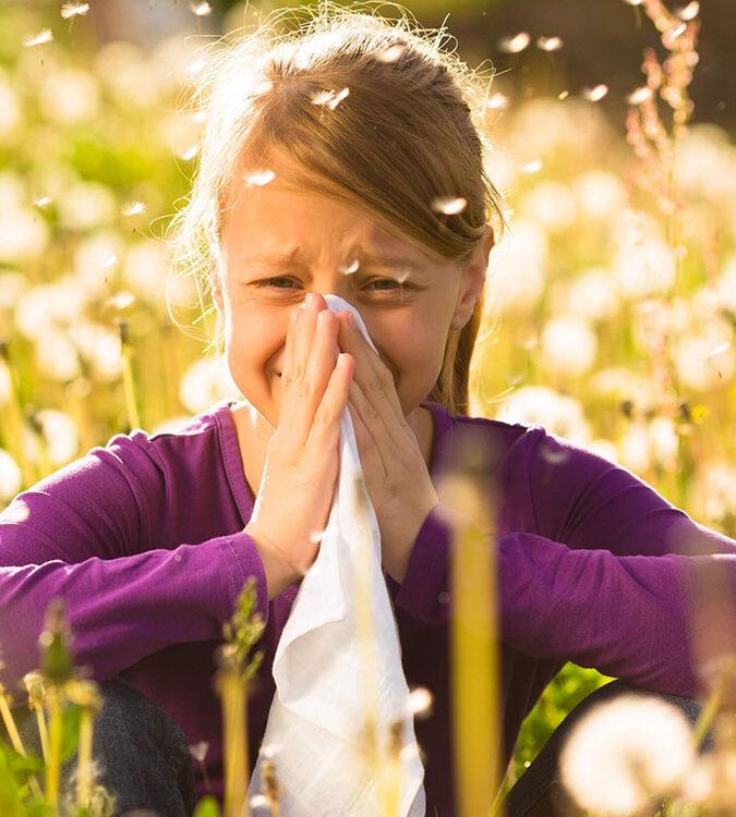 Тестуване за алергия към полени в кабинета по алергология в МЦ Гея Мед